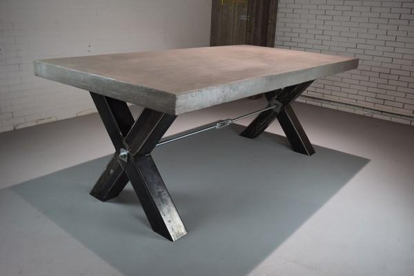 Landelijke Industriele Tafel.Cross Steel Charcoal Wax