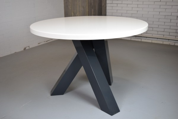 Ronde kleine eettafel bij tafelfabrikant.nl